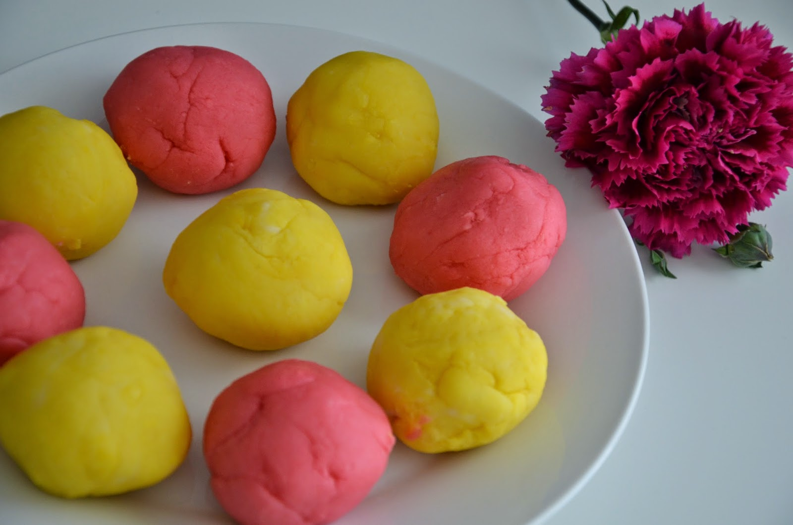 homemade playdough recipe using cream of tartar