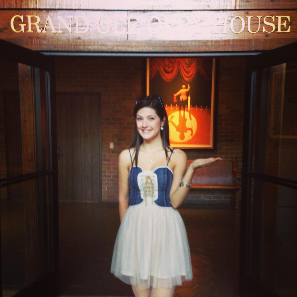 Barbizon Midwest Review Sara Niemietz 39 Hooked On A Feeling 39 At The Grand Ole Opry