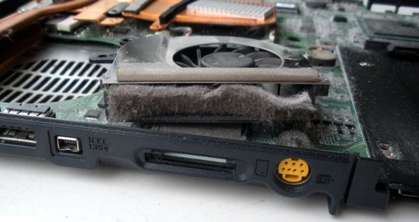 أعداء خطيرة لحاسوبك المحمول عليك