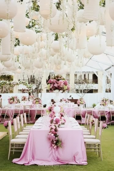 Pantone Color Of The Year Radiant Orchid wedding table
