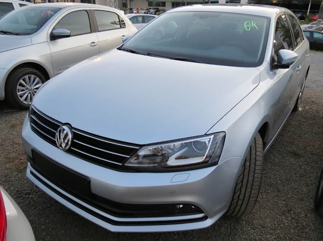 VW Jetta 2015 Highline TSI Prata