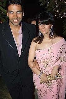 Akshay and  Twinkle Khannaborder