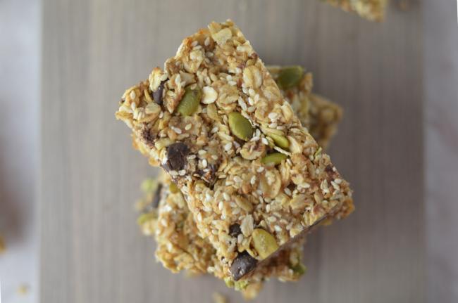 Vegan Granola Bars with Sesame and Coconut Bars