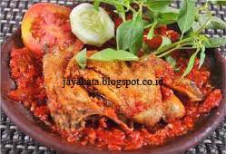 Cara Membuat Ayam Penyek Pedas Mampus