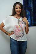 Lakshmi Manchu Latest Stylish Photos-thumbnail-13