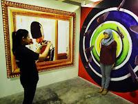 Mengagumi Karya 3 Dimensi Hasil Karya Anak Negeri di De Mata Trick Eye Museum