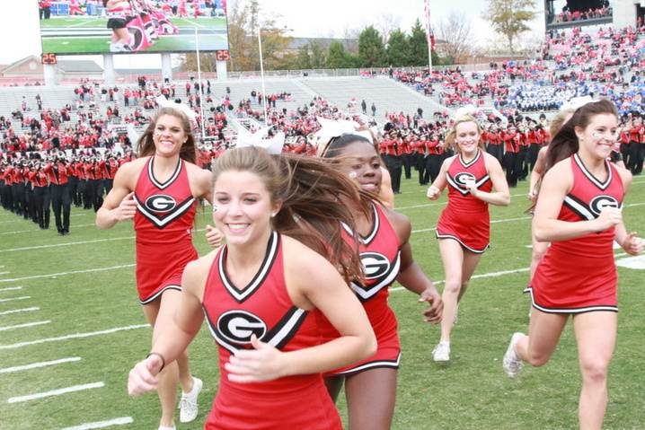muscles Georgia cheerleader