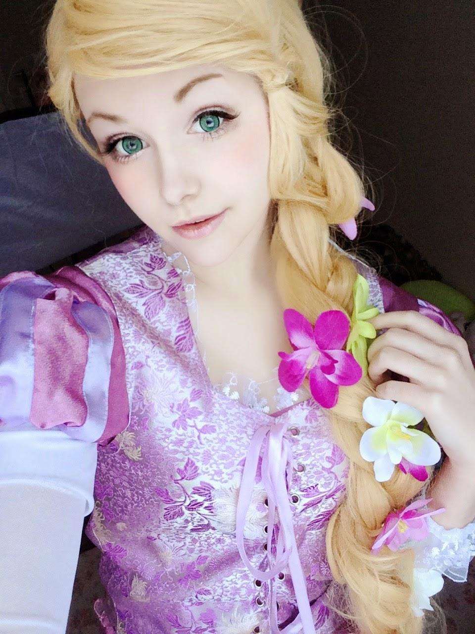 Rapunzel Cosplay With Dolly Eye Blytheye Green Circle Lenses
