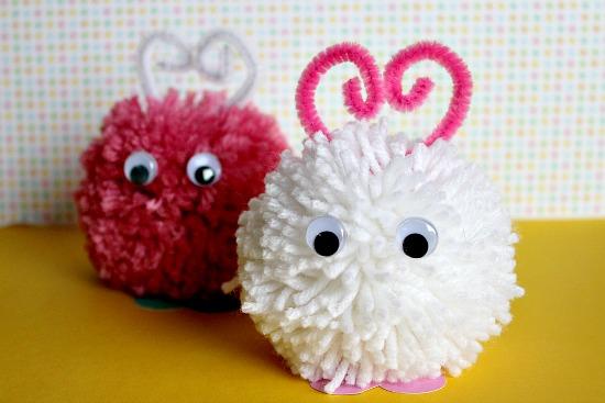 Pompones de lana muy sencillos de hacer