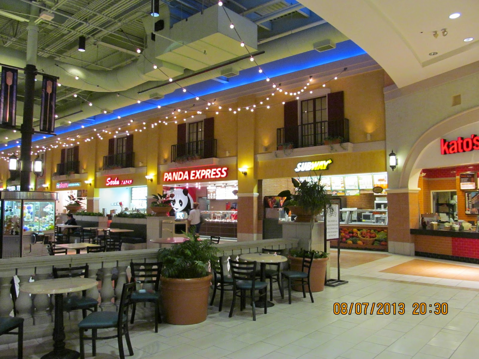 Market Place Shopping Center, store listings, hours, hotels, comment forum and more (Champaign, IL) Other Illinois malls Malls in other states Stores by name/brand Stores by category Special offers & deals Mobile version of this page. Share: Email to a friend. Tweet. Inns & Hotels Near Mall.