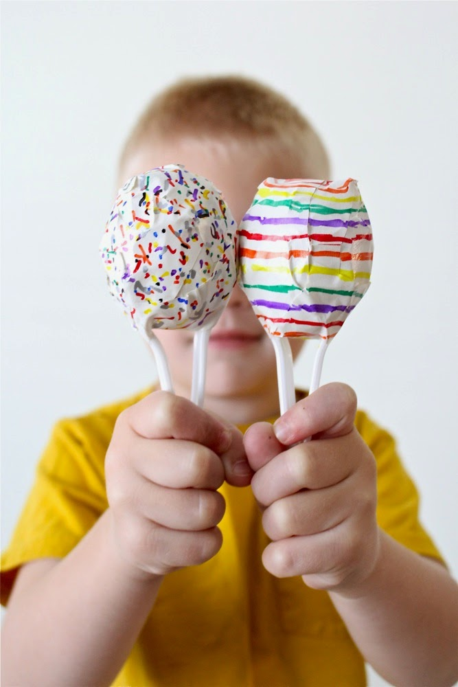 http://www.danamadeit.com/2012/04/tutorial-easter-egg-maracas-for-cinco-de-mayo.html