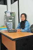 Dosen Personality Development Ibu Nur Oktavia Hidayati