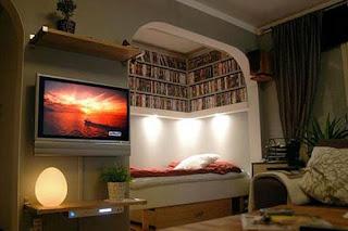 El librero de tetsu hana la cama de los libros 07 for Cama bajo escalera