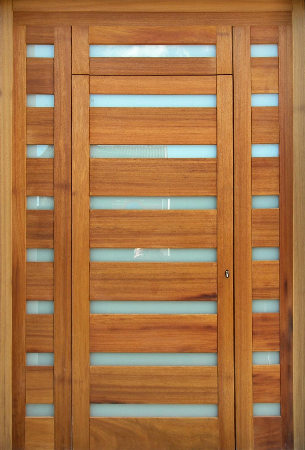 Puertas forjadas joyse puertas forjadas for Puertas en madera para exteriores