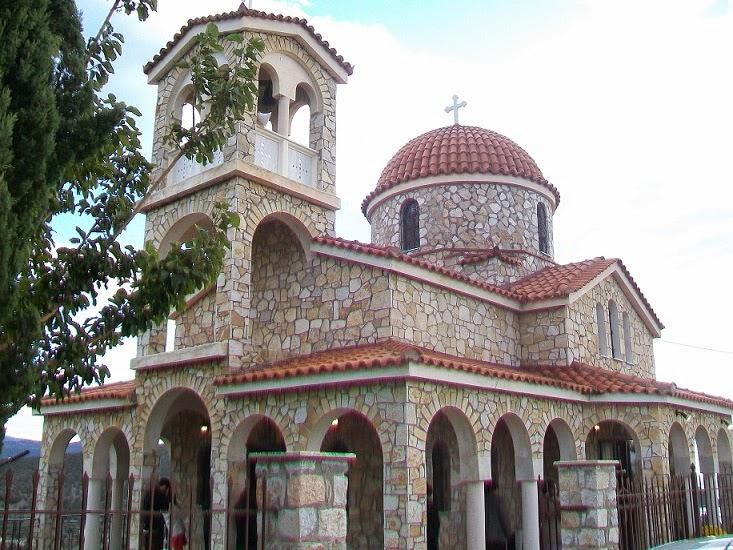 Με λαμπρότητα και Θεία κατάνυξη η τελετή των εγκαινίων του Ι.Ν. Αγίου Νικοδήμου στο λόφο «Πρωνός»..