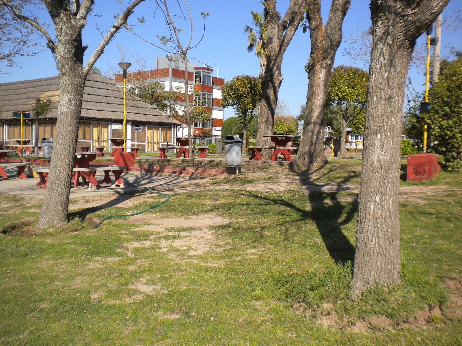Jard n de infantes juan pablo ii for Camping el jardin san juan