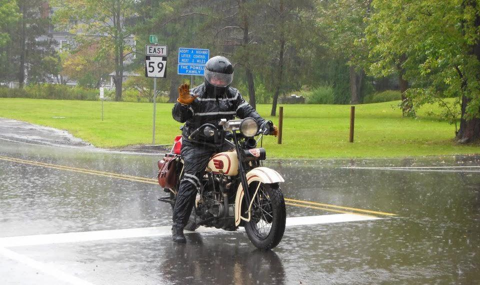 Auch bei Regen kann man fahren, allerdings steht Vorsicht an erster Stelle