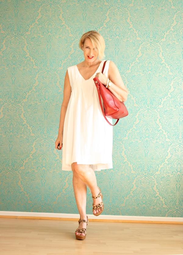 Schnell noch mal ein weißes Kleid am Ende des Sommers