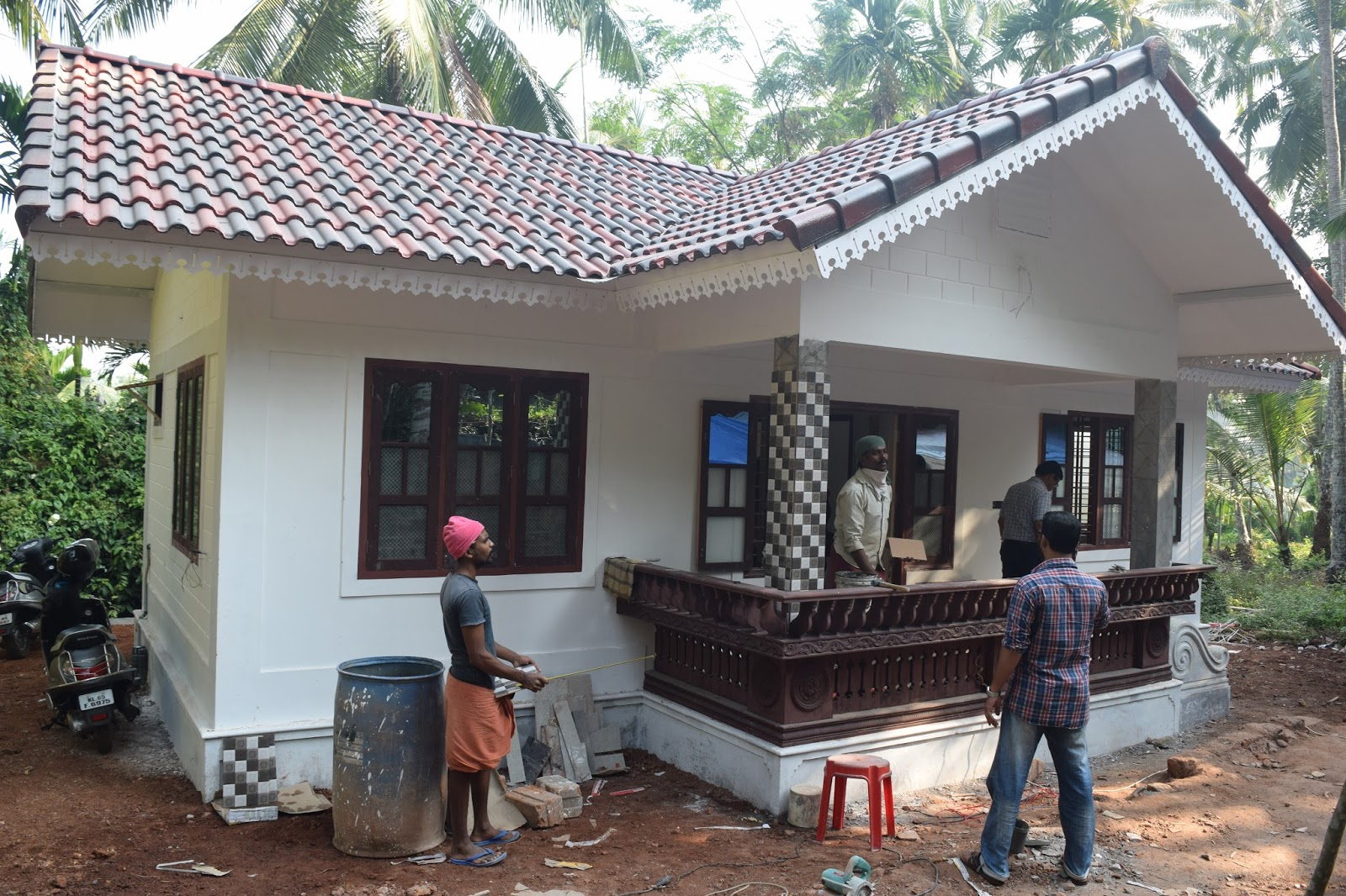 8 lakh 2bhk 600 sq ft low cost house design at thenhipalam building designers - Design house ...