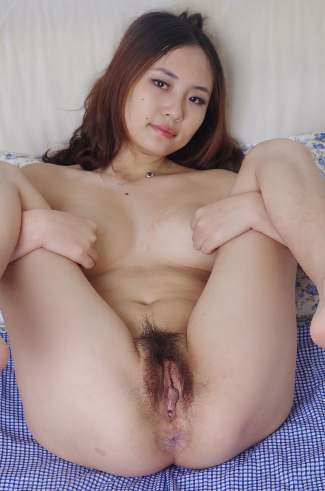 cute nude chinese beach babe