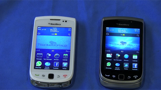 BlackBerry Torch 9800 vs BlackBerry Torch 2 9810 [Video] ~ First ...