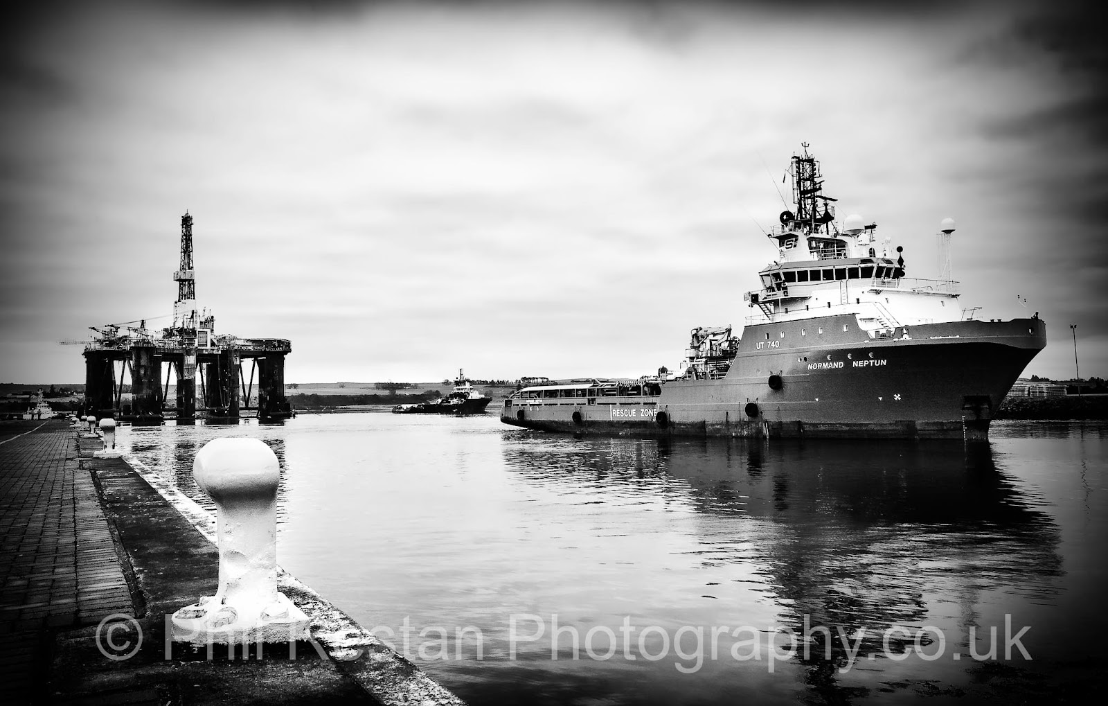 Photos of Normand Neptun and Sedco 712 alongside Queens Dock, Invergordon