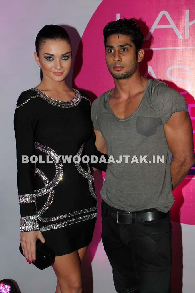 1 - Prateik, Amy at Lakme fashion week opening bash