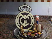 Escudo del Real Madrid de chocolate. Esta mona de chocolate la hice en . (img )
