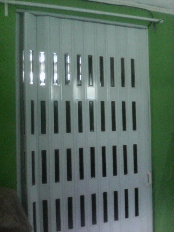 INDOVITA FOLDING DOOR- Penyekat Ruangan - Pintu Lipat PVC