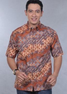 Model Baju Batik Pria Terbaru 2012  YAKOM