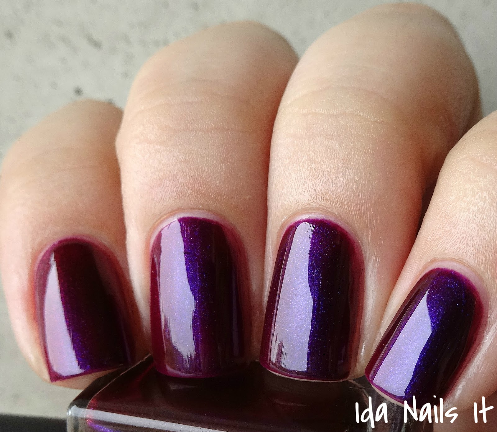 Ida Nails It: piCture pOlish Obsession, Poison, and Revenge from the ...