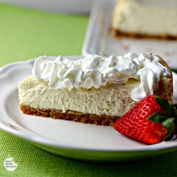 Skinny Vanilla Bean Cheesecake | Renee's Kitchen Adventures So rich tasting and creamy you will swear it's a full fat version!