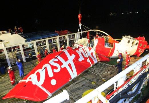 Kotak Hitam Pesawat AirAsia QZ8501