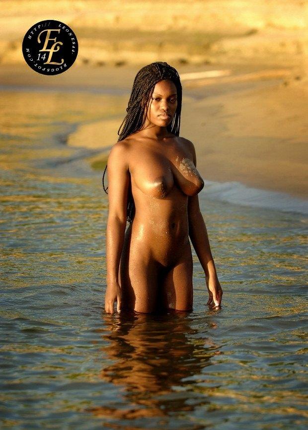 фото голие нигритянки