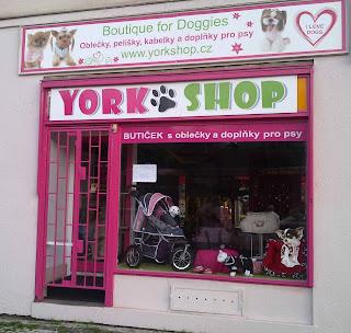 obchod s oblecky pro psy