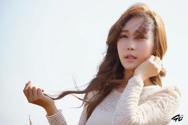 2 Im Min Young outdoor -Very cute asian girl - girlcute4u.blogspot.com