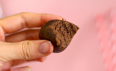 Healthy Chocolate Peanut Butter Protein Balls - Desserts with Benefits