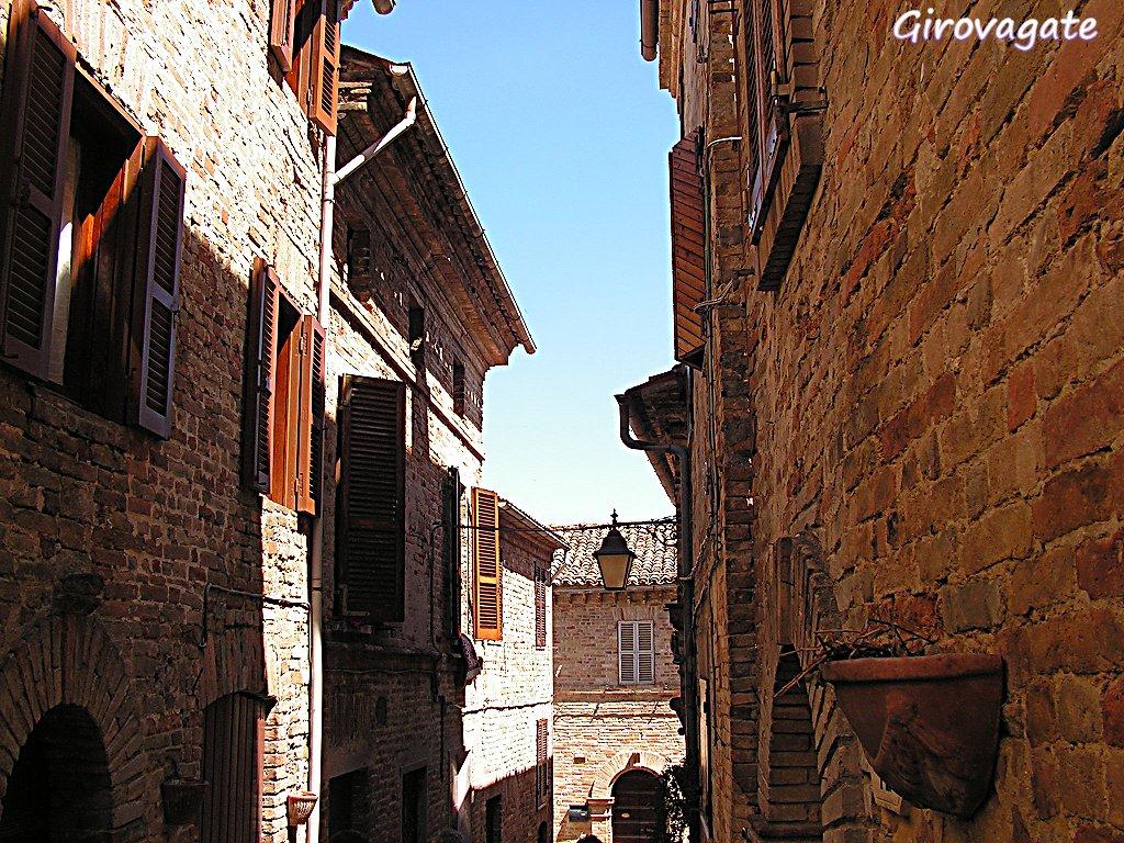cossignano borgo medievale marche