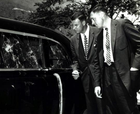Future Director Stu Knight with future SAIC Robert Taylor, LBJ-Nixon
