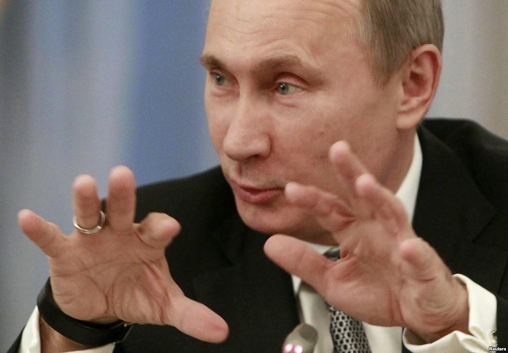 Президент РФ Путин на Валдайском форуме в Сочи заявил о праве России вмешиваться во внутренние дела других стран.