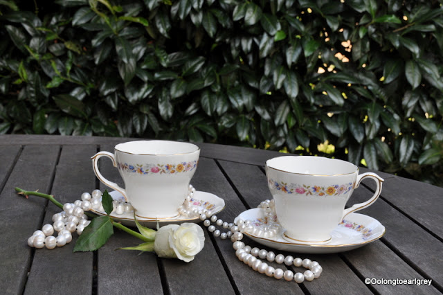 Tea cups and pearls