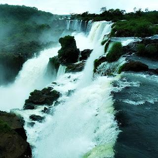 Salto Mbiguá e Salto San Martin, Parque Nacional Iguazú, Puerto Iguazú.
