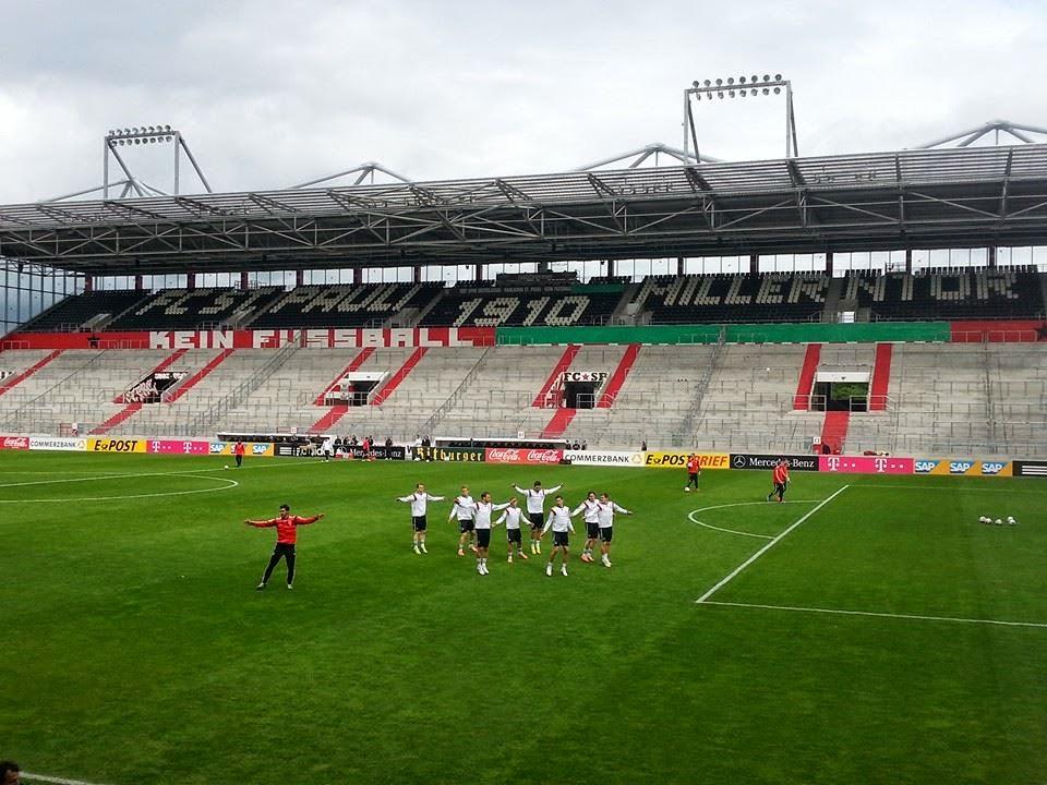 Seleção Alemã treina no Millerntor