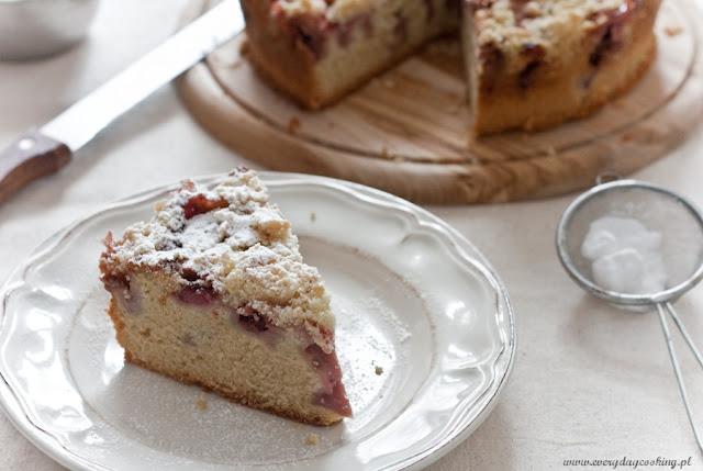 Ciasto waniliowo-kardamonowe z truskawkami