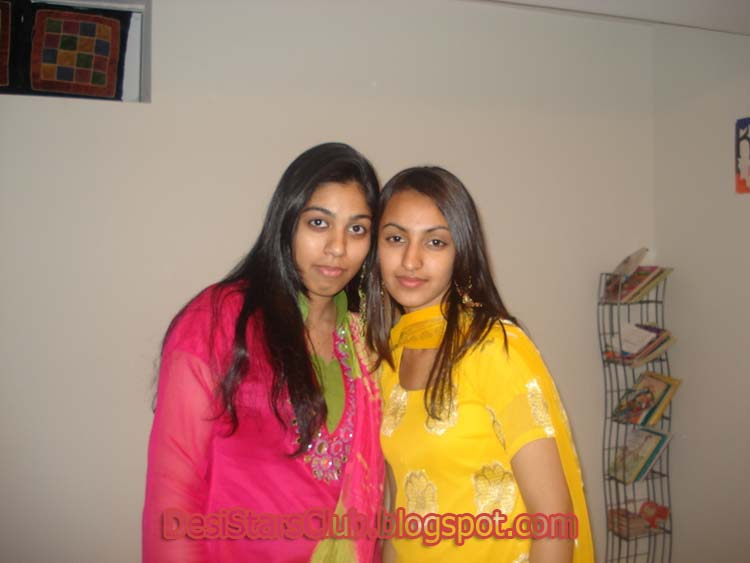 Lovely Desi Girls