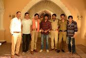 Ram Charan at Sardaar Gabbar Singh sets-thumbnail-2