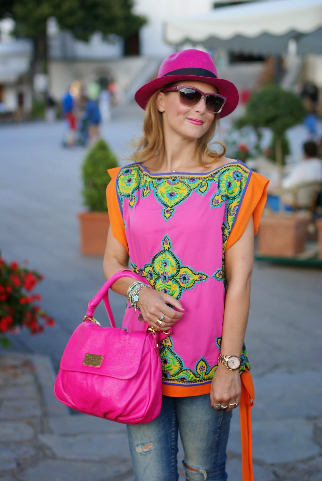 Preeti S Kapoor top, Little Ukita bag, Ravello main square, Ecua-Andino hat, Fashion and Cookies, fashion blogger