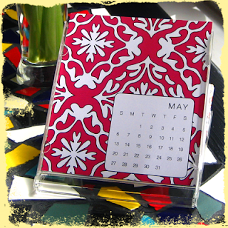 custom desktop calendar for mother's day