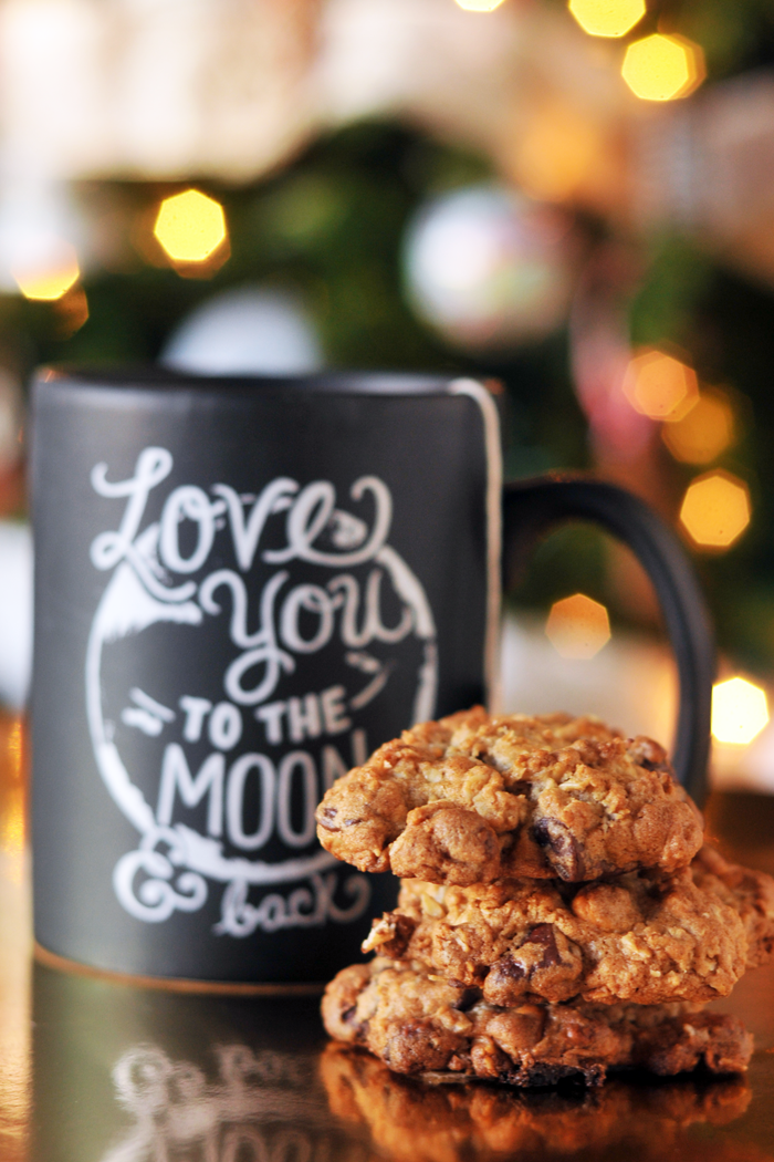 BUTTERSCOTCH CHOCOLATE CHUNK OATMEAL COOKIES