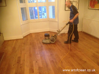 Final process of oiling the floor